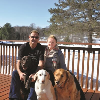 Jeff and Betty with Kona, Denver and #1342 Shadow